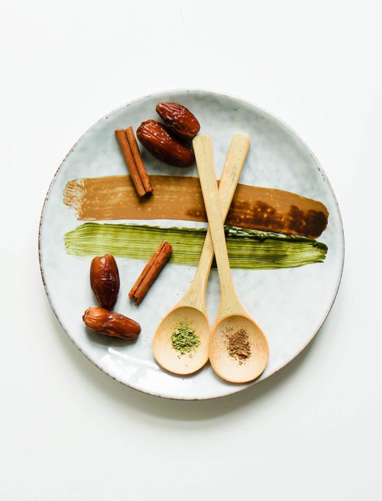 Sugarfree Clean Cinnamon Matcha Using your Blender Vegan