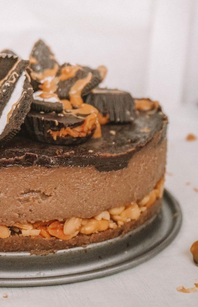 Raw Chocolate Peanut Butter Cheesecake