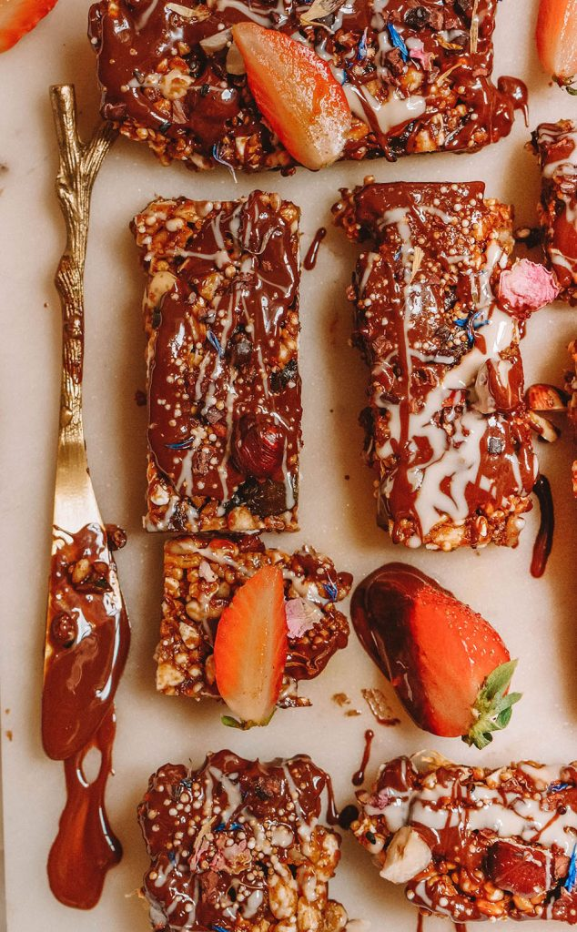 Deluxe Chocolate Granola Bars