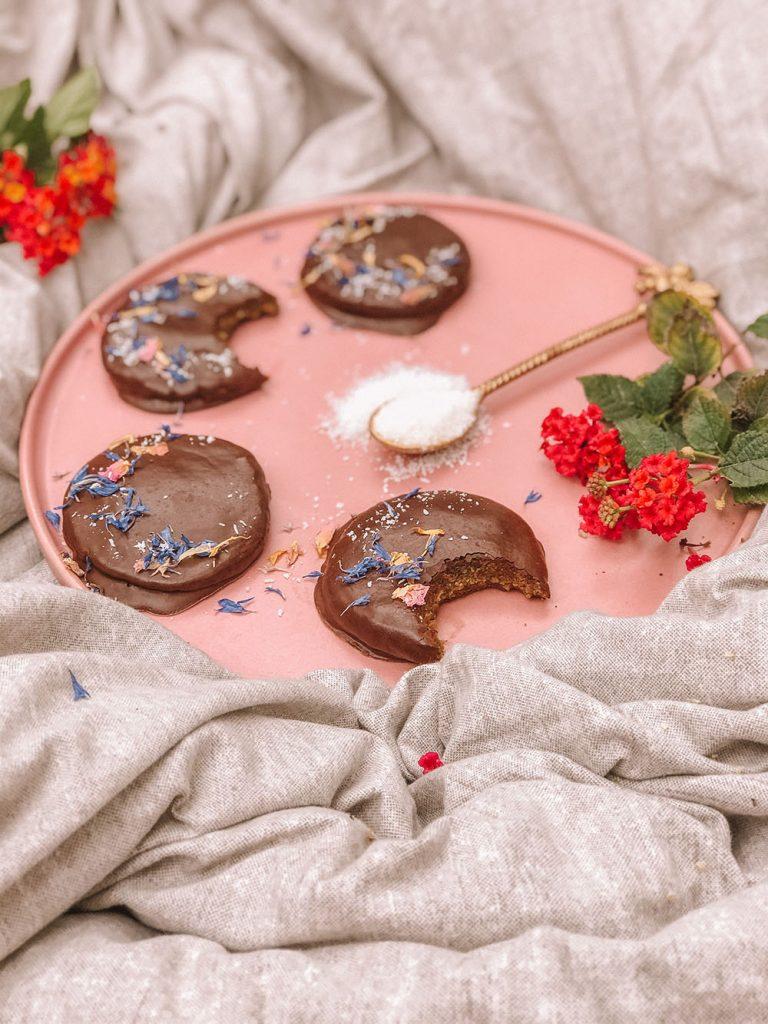 Vegan No-bake Chocolate Hempies