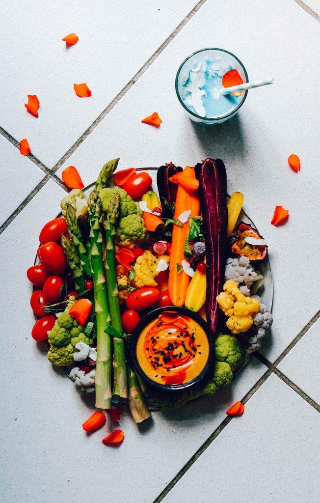 Vegan Sriracha Mayonnaise (sugar & oilfree) Vegetable Platter Mermaid