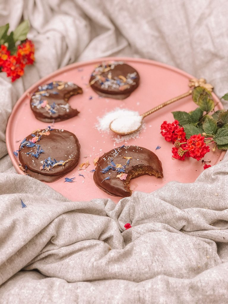 Vegan No-bake Chocolate Hempies